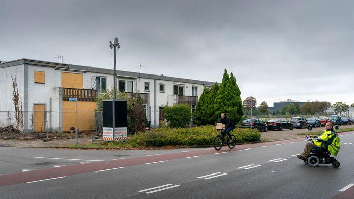 De vier resterende  'Michelinhuizen worden gesloopt voor de nieuwbouw van Weener XL.
