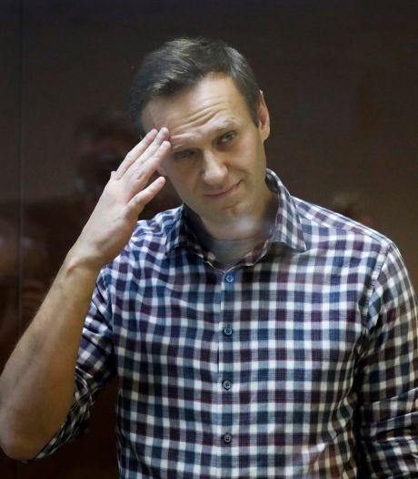 Russische oppositieleider Navalny sarcastisch na hoger beroep: 'Anderhalve maand eraf, geweldig!'
