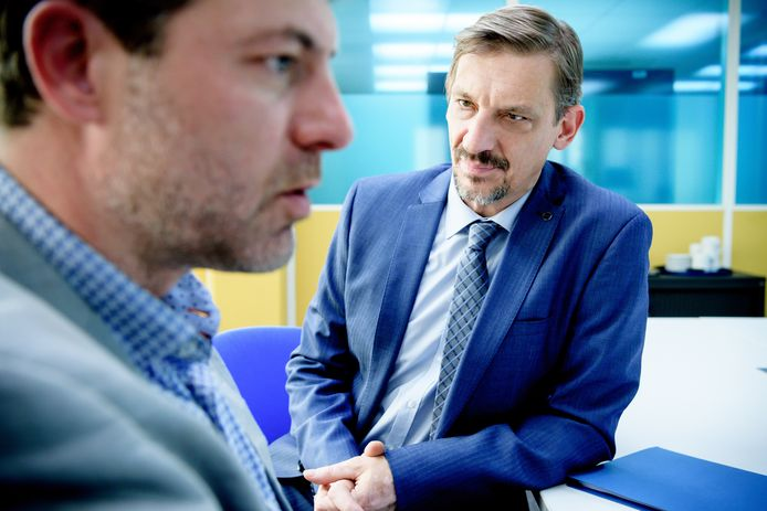 De Infiltrant ; seizoen 1 vanaf maandag 5 februari 2018 bij VTM. Op de foto : Peter Van Den Begin (Marc Potvin).