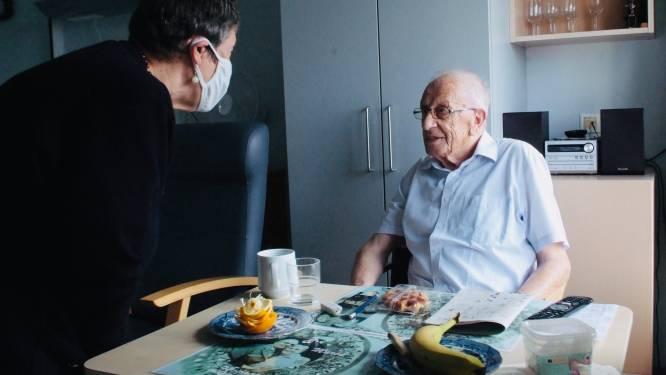 """Cliënten van Nektari helpen in WZC Sint-Pieter: """"We hopen vrienden te worden"""""""