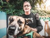 """Terminaal zieke Peter vond in 2019 nieuwe baas voor zijn hond: """"We skypen bijne elke dag"""""""