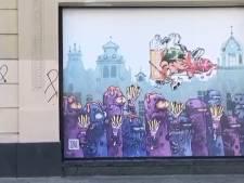 Une deuxième fresque Kid Paddle boulevard Anspach: les blorks passent aux frites