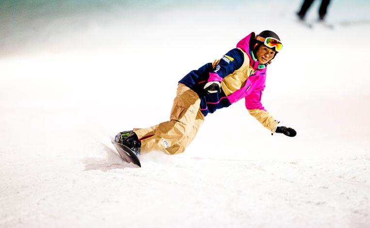 5 Januari 2014: Bibian Mentel is aan het trainen voor de Spelen van Sotsji op een indoorpiste in Zoetermeer. Beeld Hollandse Hoogte / Robin Utrecht