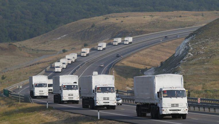 Het Russische konvooi is op weg naar de regio Loehansk. Beeld epa