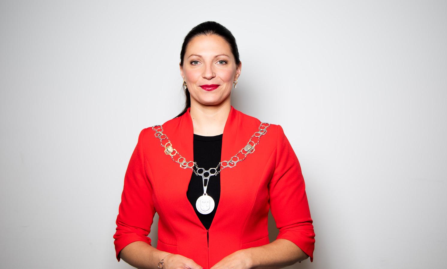 Hanne van Aart, burgemeester Loon op Zand