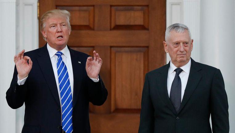 Donald Trump met zijn beoogd minister van Defensie James Mattis, 19 november 2016. Beeld ap