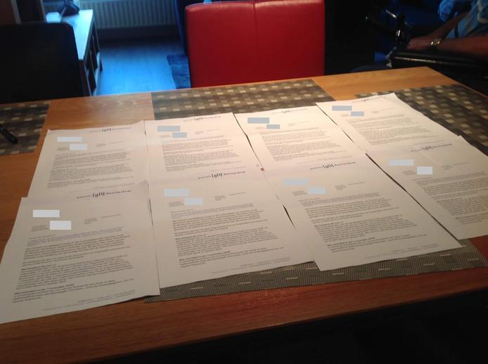 In twee dagen kregen Marinus en Marianne Brugman acht keer dezelfde brief van de gemeente Doetinchem.