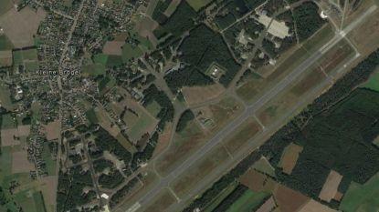 Burgervliegtuigje landt per ongeluk op Kleine Brogel