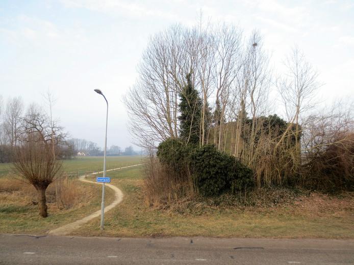 De bunker Zwolle Zuid staat verscholen in het groen tussen