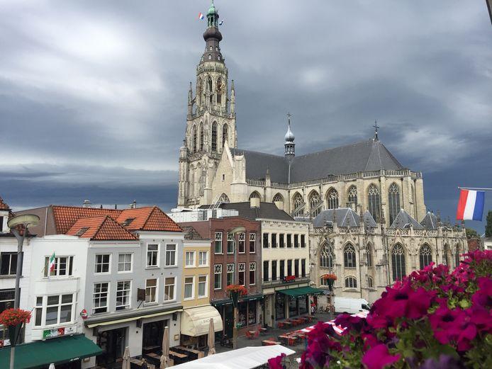 Bijna de helft van de vloeroppervlakte in de Bredase binnenstad is bestemd voor wonen. Dat geldt onder meer voor woningen boven winkels en restaurants.