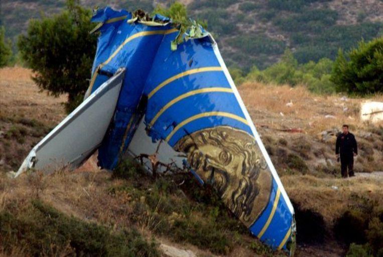 Een brokstuk van de neergestorte Helios Airways-vlucht. Beeld rv