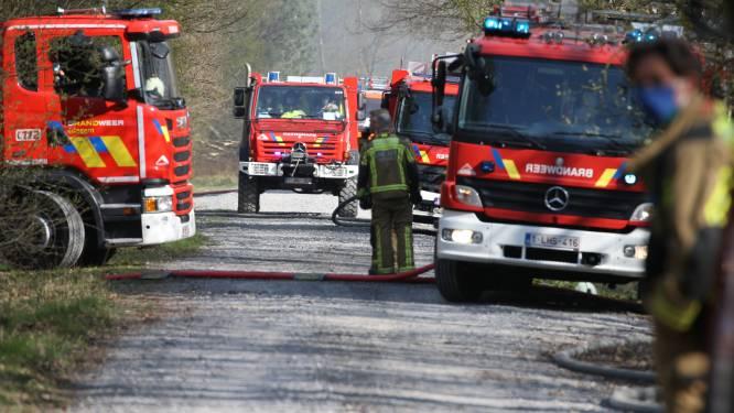 """The day after na brand Groot Schietveld: """"Schade zo groot omdat blussen op schietveld zelf niet kon. Te gevaarlijk met al die munitie"""""""