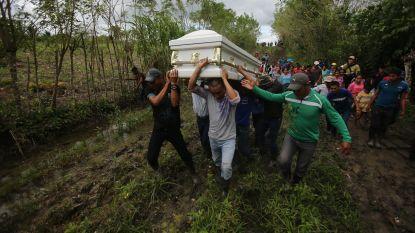"""Hoofd grensbewaking in VS wil """"nieuwe aanpak"""" nadat jongen (8) uit Guatemala sterft in gevangenschap"""