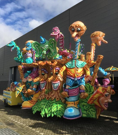 Voor een paar honderd euro koop je online een carnavalskar: 'En anders gaat hij zaterdag naar de stort'