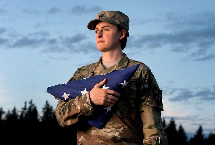 Transgender kapitein Jennifer Peace is al sinds 2004 in dienst van het Amerikaanse leger en heeft missies volbracht in onder andere Irak en Afghanistan.