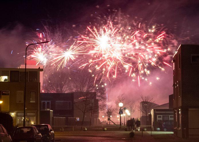 Van een vuurwerkverbod was in Vlissingen (foto) en Oost-Souburg niet veel te merken tijdens de recente jaarwisseling.