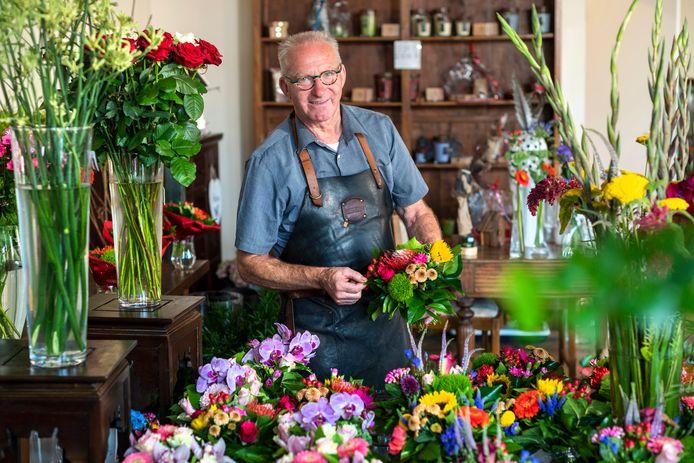 Herman Fonteijn stopt eind deze maand als bloemist. Hij gaat met pensioen en denkt er over na natuurgids te worden in Meinerswijk in Arnhem.