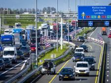 Rijkswaterstaat stelt hitteprotocol in werking, smog-waarschuwing RIVM, extra controles dierenwelzijn