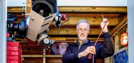 Nachtuil Rudy (64) fotografeert planeten en kometen: 'Ik heb mijn eigen sterrenwachtje in de schuur'