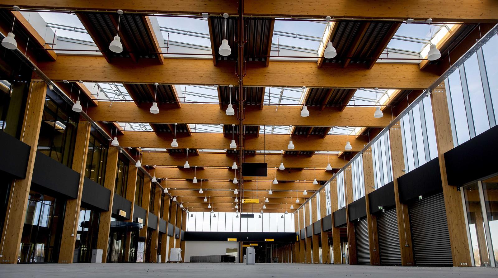 De nieuwe, nog niet in gebruik genomen terminal van Lelystad Airport.