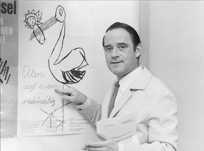 De psycholoog Helmut Kentler verwees kinderen opzettelijk door naar bekende pedofielen.