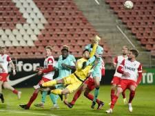Bewust geel om duel met PSV te missen? Holmén ontkent het stellig