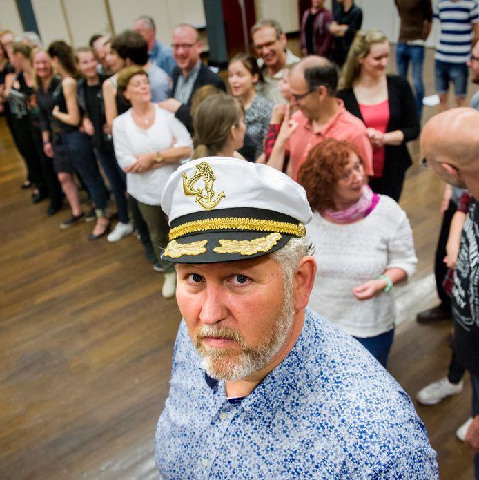 Een repetitie van het Brabants Muziek Theater in De Vink in Schijndel, voorlopig mag dit nog niet vanwege corona.