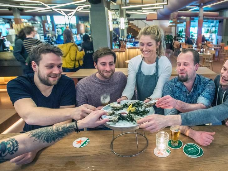 In minirestaurantjes is het internationaal sfeerproeven: 'Met lekkere en minder geslaagde hapjes'