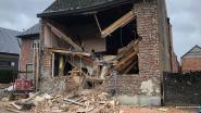 Gevel en plafond ingestort in Zandbergen: vijftiger zwaargewond vanonder puin gehaald
