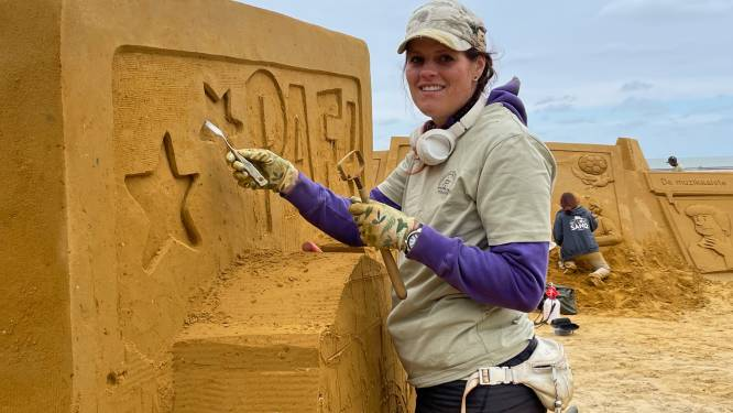 """Brugse Hanneke reist de wereld rond om zandsculpturen te maken: """"Het leukste is om eigen ontwerpen te maken"""""""