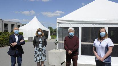 """Wzc De Vesten introduceert het 'tentcontact': """"We houden ons woonzorgcentrum hermetisch gesloten"""""""