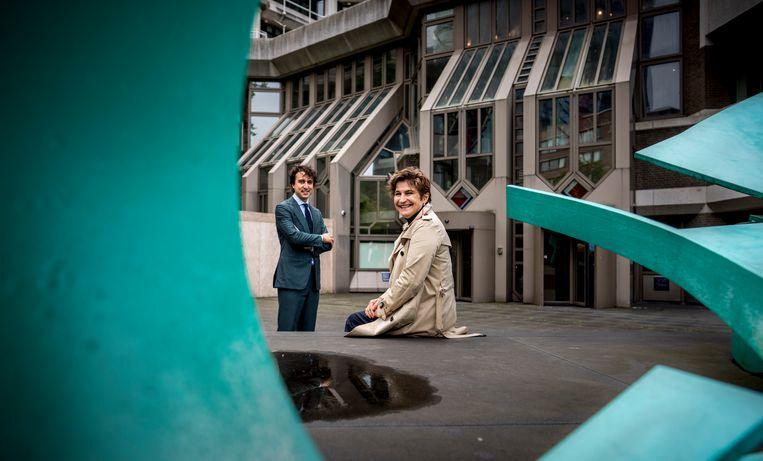 Lilianne Ploumen (PVDA) en Jesse Klaver (GL) onderhandelen samen tijdens de formatie. Beeld Freek van den Bergh/de Volkskrant