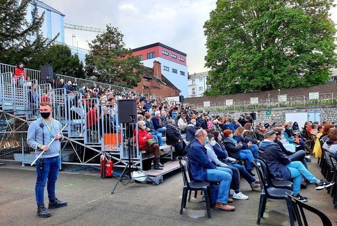 500 personnes ont assisté au spectacle-test ce mercredi soir à Namur.
