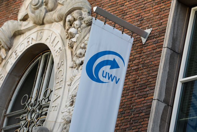 Het logo van uitkeringsinstantie UWV dat ook de afwikkeling van de NOW doet en nu alarm slaat omdat veel bedrijven nog niet een definitieve berekening van de noodsteun hebben aangevraagd.