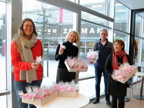 Honderd chocoladeharten voor 'moedige' medewerkers Pieter Zeeman