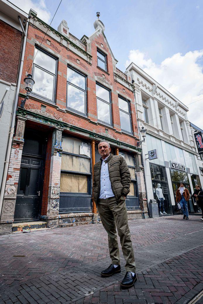 Eigenaar Nico Yagci en de gemeente Enschede worstelen al jaren met het horecapand aan de Marktstraat 6. De grote vraag is: wanneer kan het pand eindelijk weer verhuurd worden?