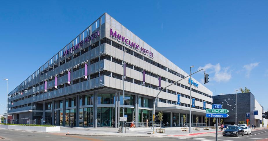 Het Mercure en ibis budget hotel in het station van Blankenberge zijn voorbeelden van hotels die per kamer verkocht werden