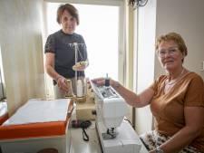 Rijssense coupeuses Jenny en Minnie al vele jaren in het vak: 'Broeken inkorten staat met stip op één'