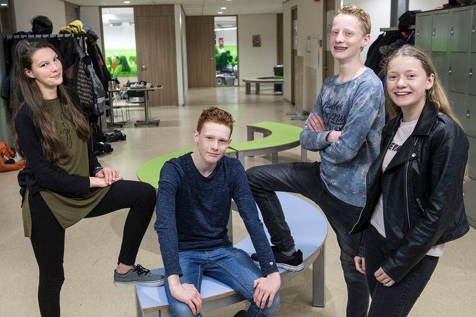 De groep die de escaperoom uitvoerde: vlnr Lynn, Jip, Harrie en Marith.  Foto Bert Beelen