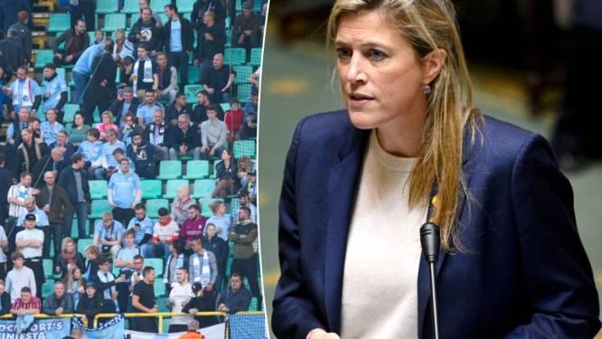 Minister Verlinden (CD&V) vraagt om strenger op te treden bij geweld in en rond voetbalstadions