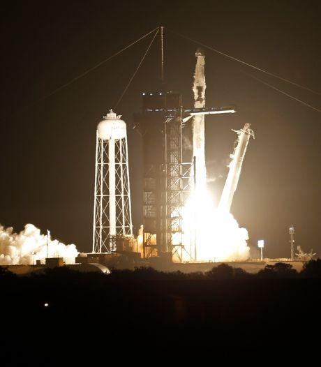 SpaceX a décollé vers l'ISS avec 4 astronautes à bord, dont Thomas Pesquet