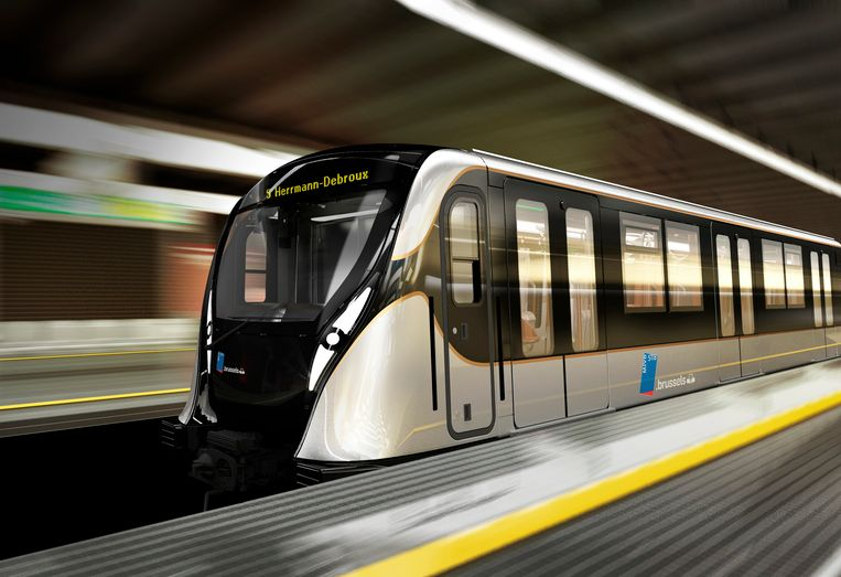 zilverkleurige metro