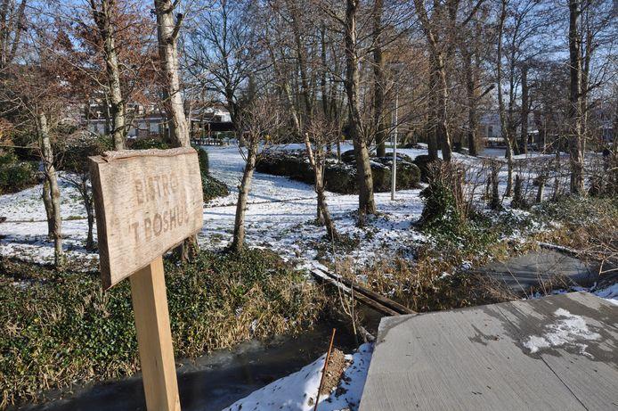 Hier komt de brug tussen park De Mote en woonzorgcentrum Aurélys.