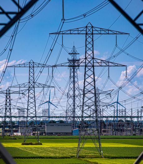 Netbeheerders waarschuwen: 'Iedereen gaat last krijgen van krapte op stroomnet'