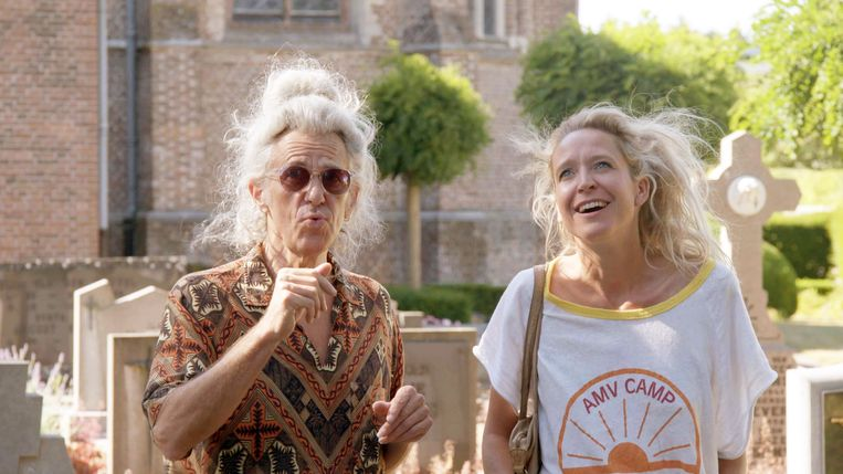 Guido Belcanto en Cathy Luyten in 'Buurman, wat doet u nu?' Beeld VRT