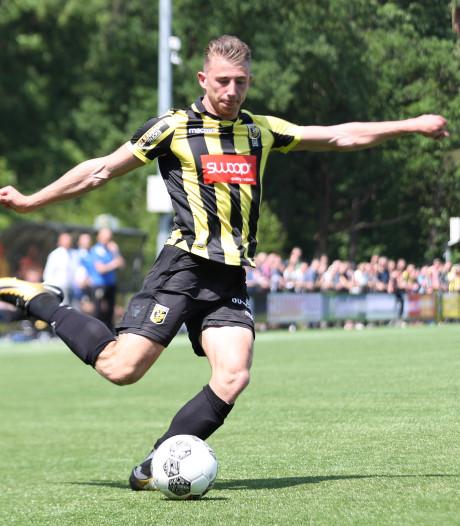 Van Essen maakt aanval De Treffers compleet