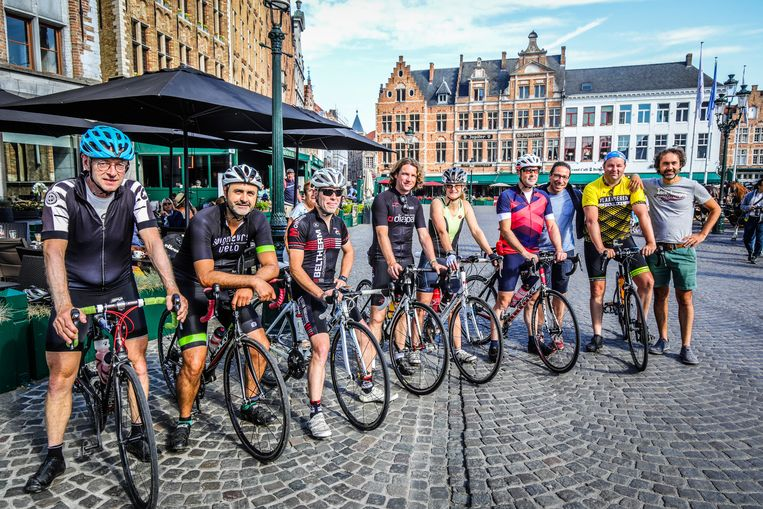 Brugge bikerboyz met fiets naar Bazel
