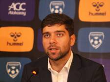 Bondscoach van Afghanistan, coach bij DUNO: van 60.000 toeschouwers naar de Waayenberg