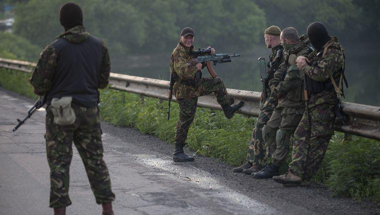 Pro-Russische rebellen in de buurt van Loehansk. Beeld ap