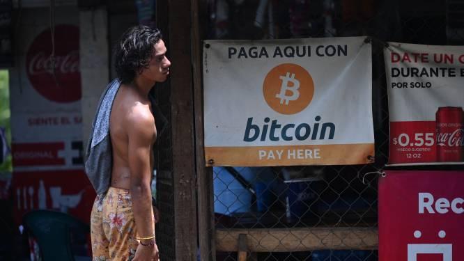 Le Salvador, premier pays au monde à adopter le bitcoin qui dégringole dans la foulée